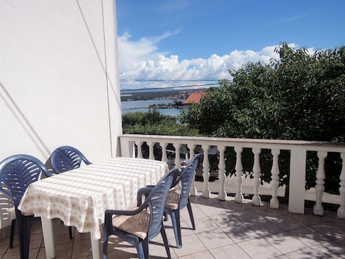 Beautiful Apartment More With sea Views and Near the Beach