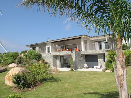 Modern Villa 10 Peronnes Swimming Pool 10mn From THE Beach AND Sperone Golf View