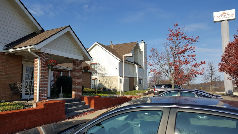 Exterior, StayPlace Suites - Akron Copley Township - West