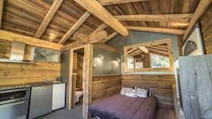 1 chambre, lits bébé, accès Internet, draps fournis