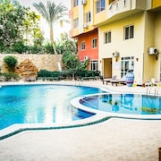Diamond Arabia. Swimming Pool View. Perfect Vacation Place For You & Your Family