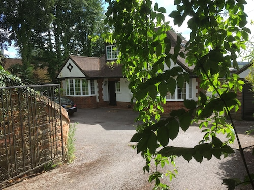 Detached Chalet-style Property in Stunning Area of Outstanding Natural Beauty