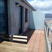 Penthouse With Large Terrace and sea Views, With Free Wifi
