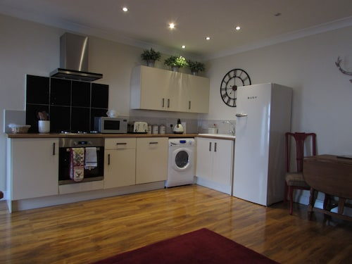 Apartment 6 - Classy 1 Bedroom Ground Luxury Floor Apartment in Darlington
