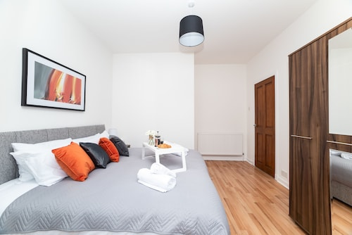 Cosy Bellshill Apartment