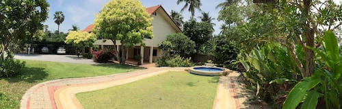 Pranburi Beach House. Short or Long Stay Welcome