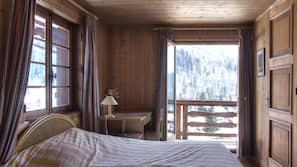5 chambres, fer et planche à repasser, lits bébé, accès Internet