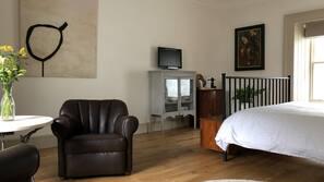 1 sovrum, strykjärn/strykbräda, wi-fi och sängkläder