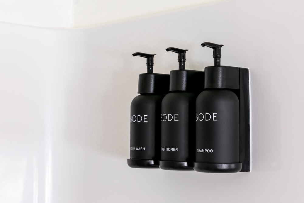 Bathroom Amenities, Bode Chattanooga