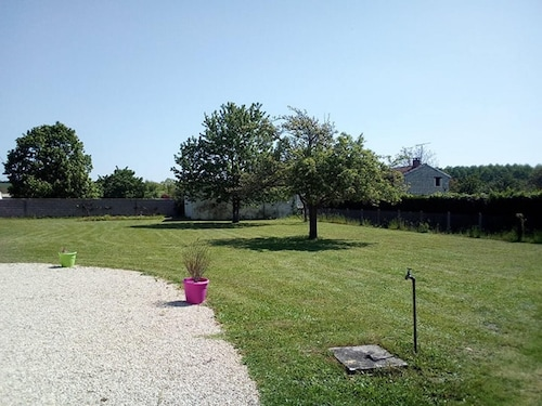 House With 2 Bedrooms in Champigny-sur-veude, With Enclosed Garden