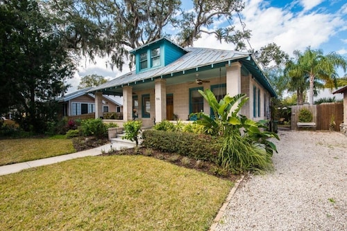 Charming 1920's Craftsman Cottage in Historic St. Augustine