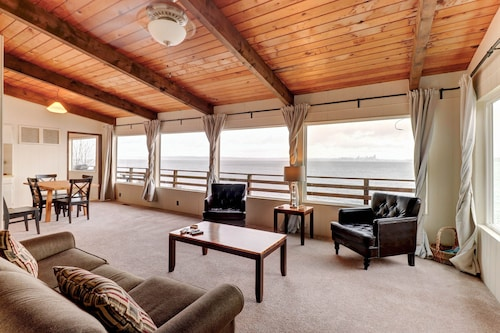 NEW Listing! Charming Waterfront Home w/ a Furnished Deck & Beach Access