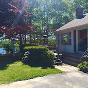 Waterview Cottage, Minutes From Downtown