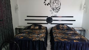 1 bedroom, premium bedding, memory foam beds, individually decorated