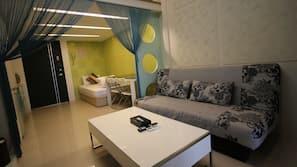 家具佈置各有特色、書桌、免費 Wi-Fi