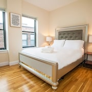 4 Beds & 2 Bath ~ Best Location in Downtown Boston