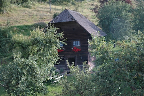 Quaint Cottage on the Farm in Carinthia, Large Pond, Pets Welcome