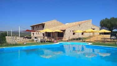 Self Catering Masia Mas del Rey for 37 People