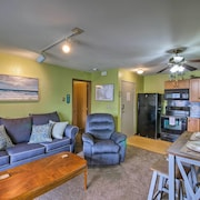 Oak Harbor Condo W/grill Access & Private Dock!