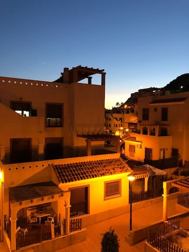 Penthouse apartment ideally located just 3.8km from the centre of Aguilas