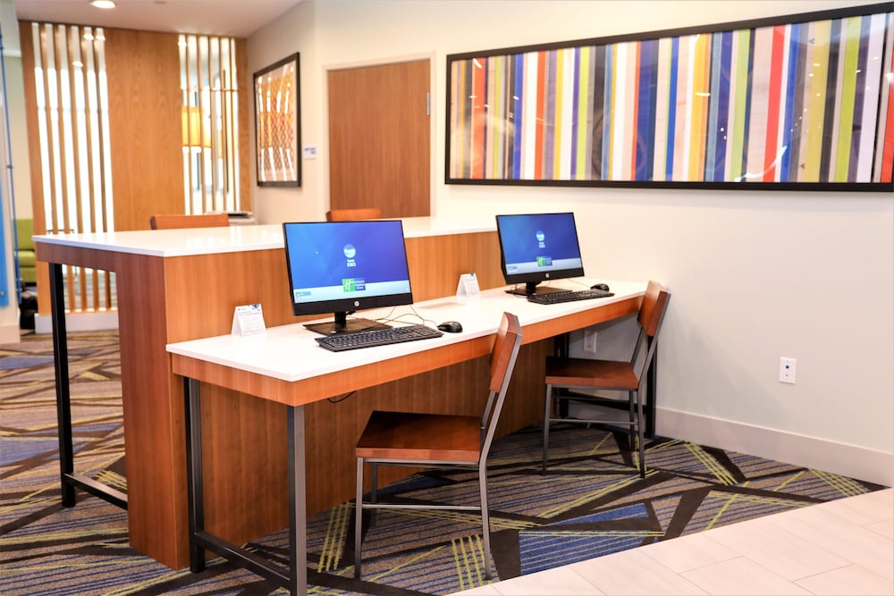 Business Center, Holiday Inn Express And Suites Forney, an IHG Hotel