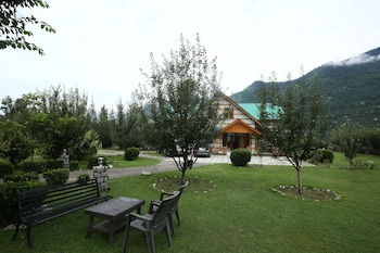 The Holidays Club Manali