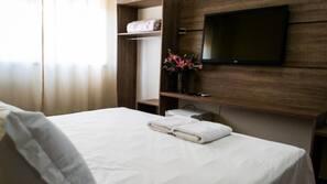 Minibar, desk, free WiFi, linens