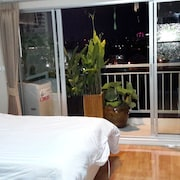 14,000 Baht per Month ,condo for Rent 37 Sqm. Close Supermarket