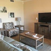 2br/2ba Beautiful Condo With Golf Package & Luxury Amenities