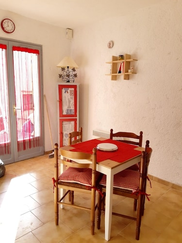 Apartment With one Bedroom in Gréolières, With Wonderful City View - 17 km From the Slopes