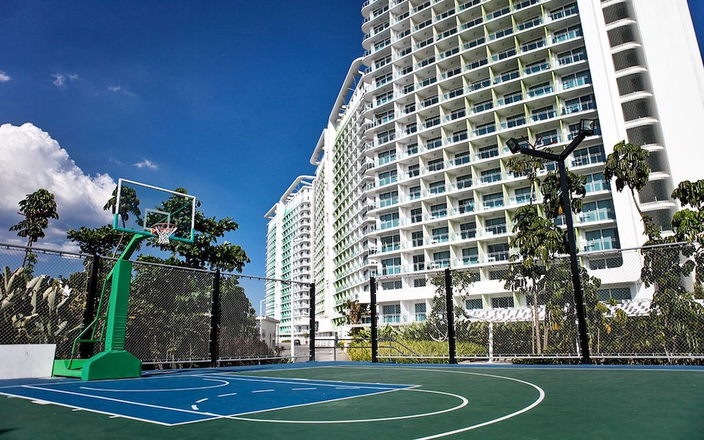 Sport Court, Azure Miami 1507 Beach View Unit