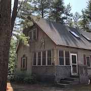 4 BR - 1 BA - Sleeps 9 Chocorua Ski & Beach