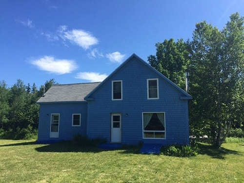 Rent the Breton Cove Farmhouse - We are on the Cabot Trail