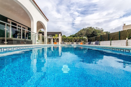 190 Relax Tranquility With Private Pool and Garden and 5 Minutes From Cala, Wiffi