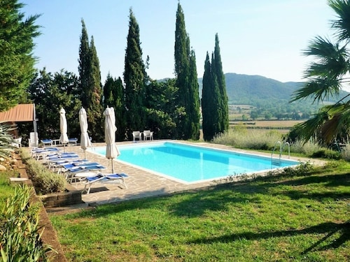 Tuscan Dream in a Hilly Location Near the sea - Apartment Vetulonia