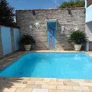 I Rent House in Itanhaém, 100 m From the Sea, With Pool, Season and fds