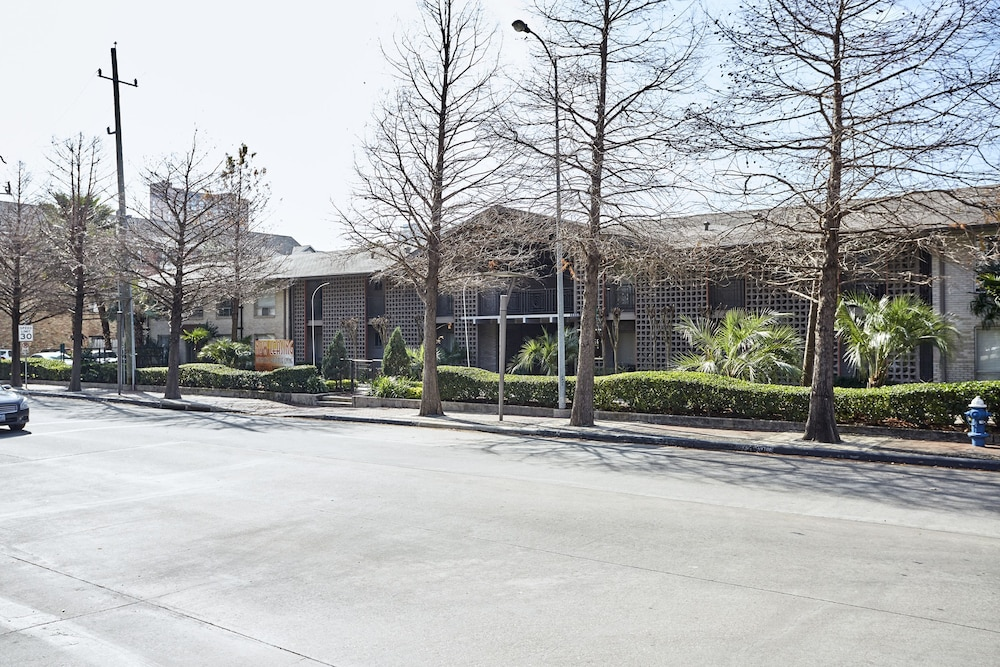 Sonder - 2306 Marquee Uptown: 2019 Room Prices $141, Deals & Reviews