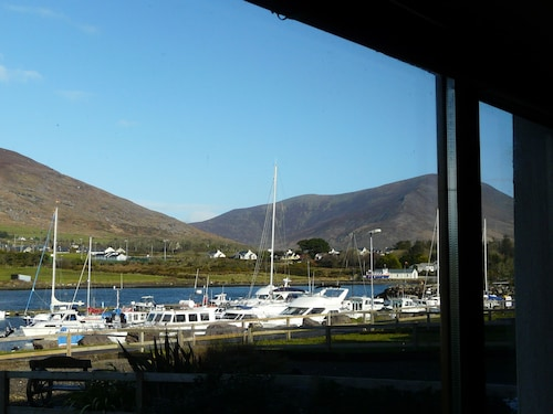 The House On The Marina Quiet Location Stunning Views of the Wild Atlantic Way