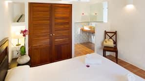5 chambres, coffre-forts dans les chambres, décoration personnalisée