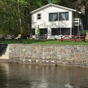 Lakefront Cottage w/ Dock, Kayaks