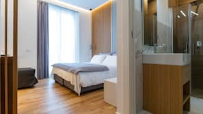 Minibar, in-room safe, soundproofing, iron/ironing board