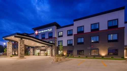Best Western Plus at La Crescent Event Center