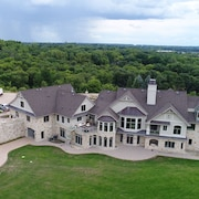 Expansive Elegance Estate