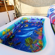 屋顶游泳池