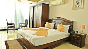 Memory-foam beds, individually furnished, iron/ironing board