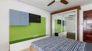 2 bedrooms, in-room safe, WiFi, bed sheets