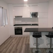 Jazmines, Fully Refurbished Apartment