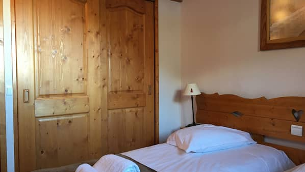 3 bedrooms, free WiFi, wheelchair access
