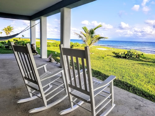 Coral Ridge House Studio Apt-oceanfront Walkout Diving/snorkel