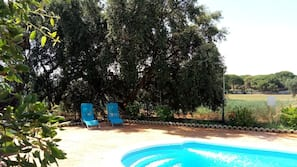 Piscine extérieure (ouverte en saison)